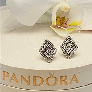 Pandora geometric elegant lines earrings